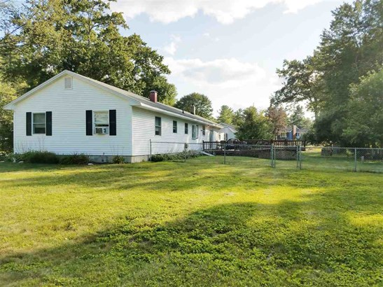 Ranch, Single Family - Hudson, NH (photo 1)
