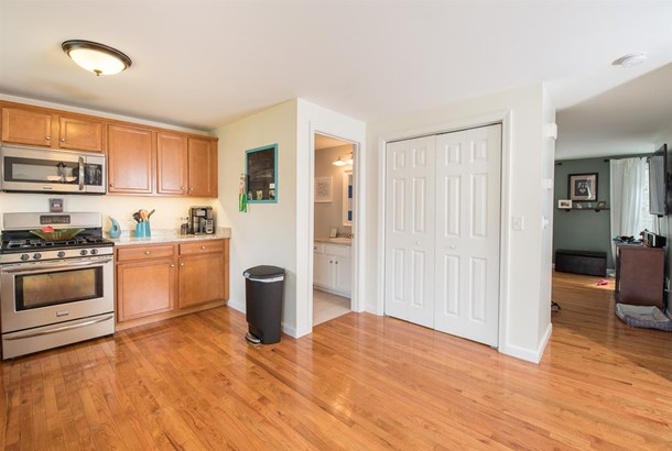 Townhouse, Condo - Epping, NH (photo 5)