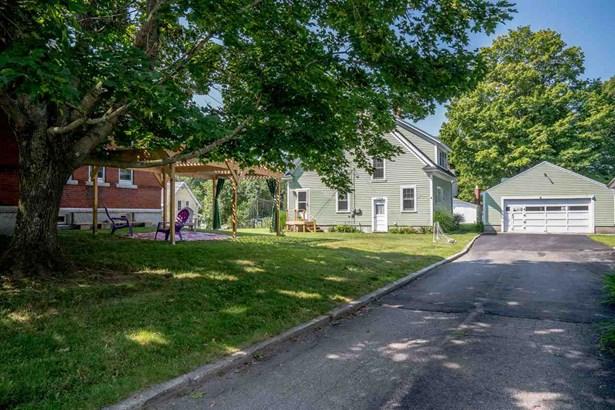 New Englander, Single Family - Bennington, NH (photo 1)
