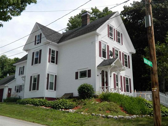 New Englander,Victorian, Single Family - Franklin, NH