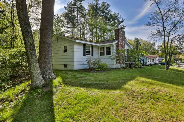 Contemporary,Ranch, Single Family - Merrimack, NH (photo 3)