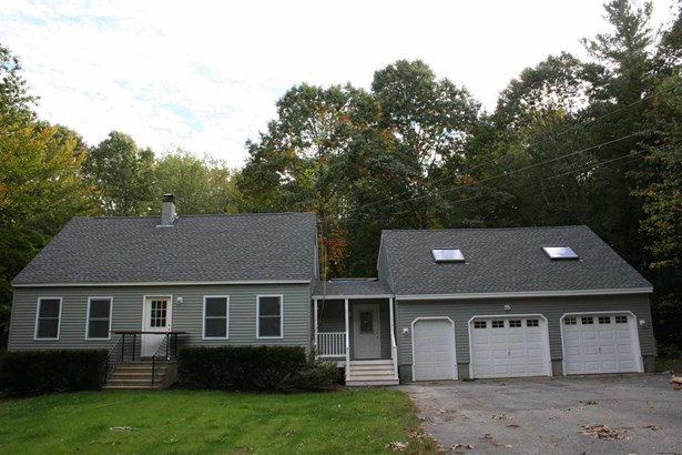 Cape, Single Family - Epping, NH (photo 1)