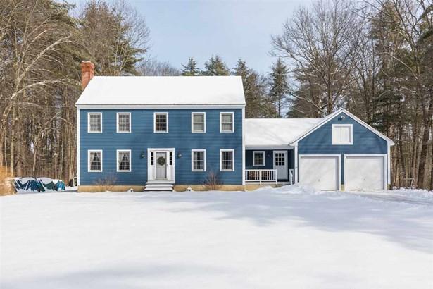 Colonial, Single Family - Madbury, NH (photo 2)