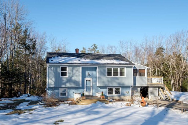 Split Entry, Single Family - Nottingham, NH
