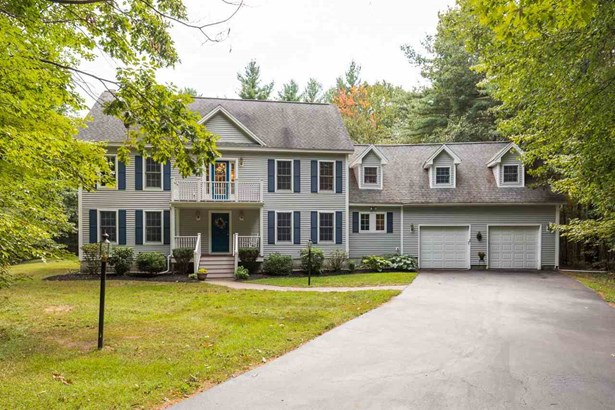 Colonial, Single Family - Dover, NH (photo 1)