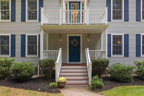Colonial, Single Family - Dover, NH (photo 2)