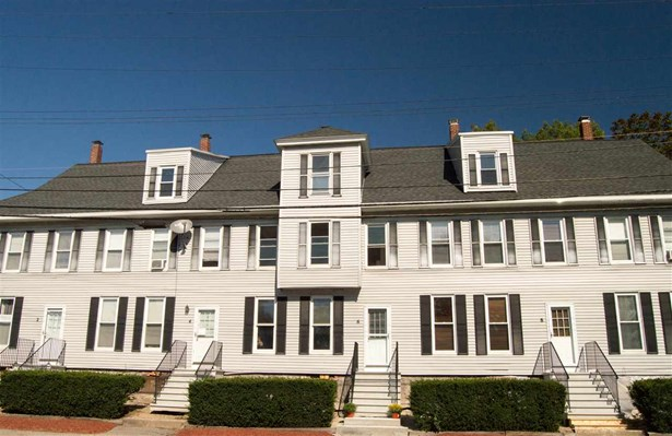 Townhouse, Condo - Hudson, NH (photo 2)