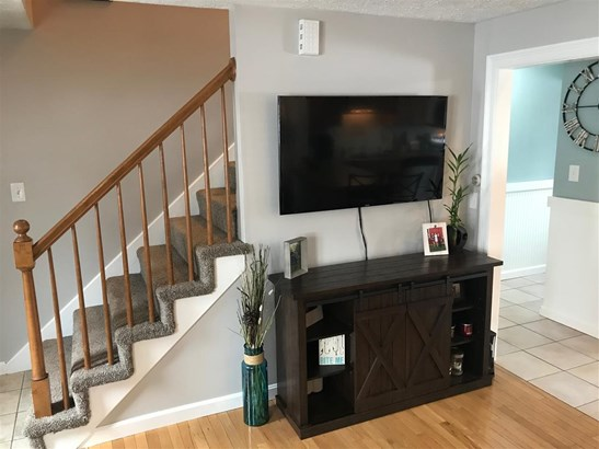 Townhouse, Condo - Allenstown, NH (photo 4)