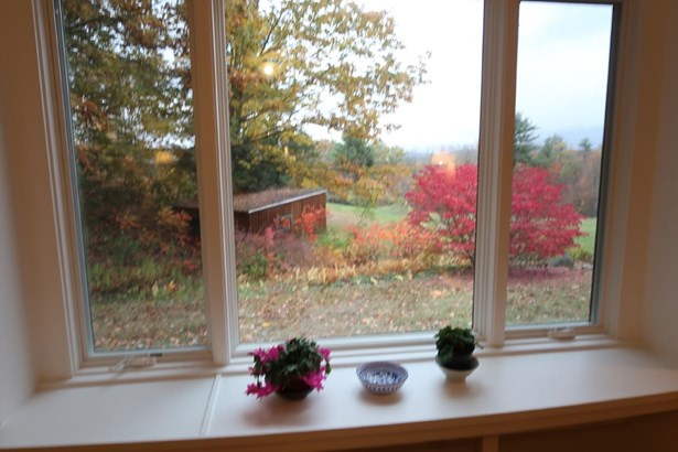 Ranch, Single Family - Hill, NH (photo 3)