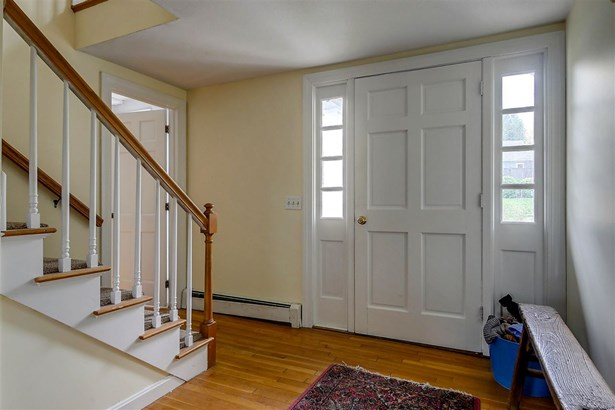 Colonial,w/Addition,Walkout Lower Level, Single Family - Peterborough, NH (photo 4)