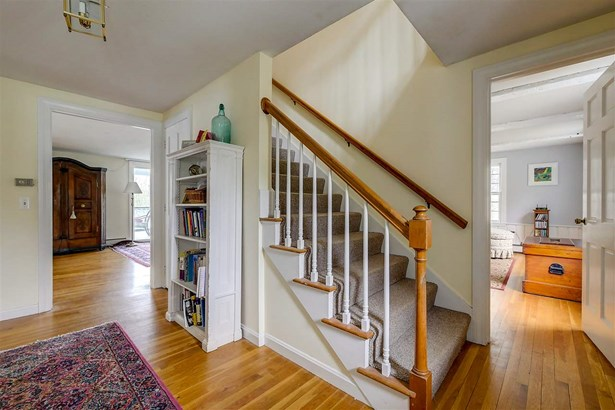 Colonial,w/Addition,Walkout Lower Level, Single Family - Peterborough, NH (photo 5)