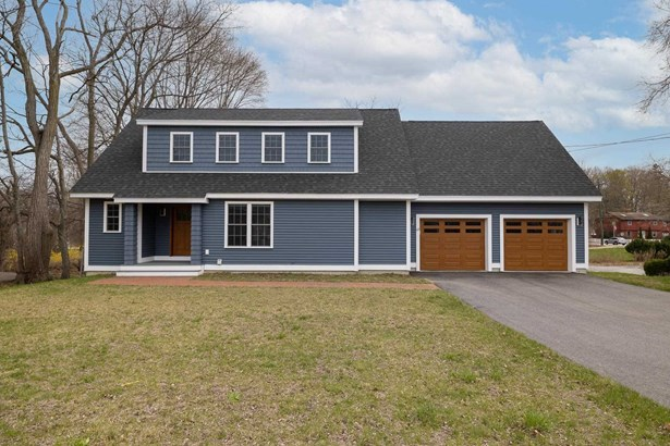 Cape, Single Family - Portsmouth, NH