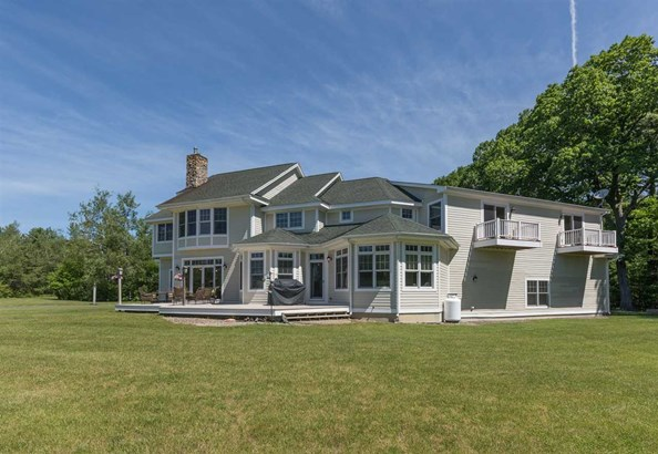 Colonial,Contemporary, Single Family - Newmarket, NH (photo 2)