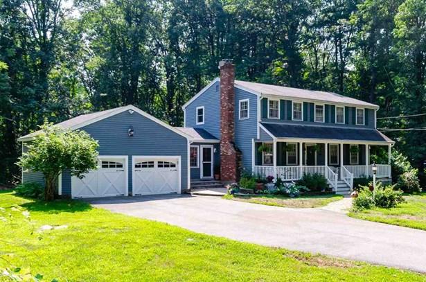 Colonial,Garrison, Single Family - Westford, MA