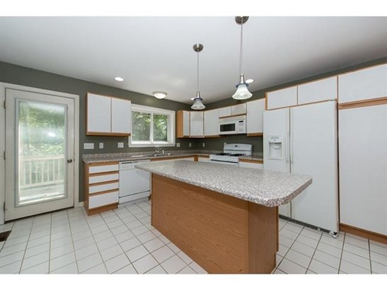 Condex, Single Family - Barrington, NH (photo 4)