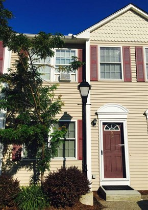 Townhouse, Single Family - Manchester, NH (photo 1)