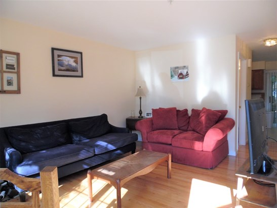 Townhouse, Single Family - Manchester, NH (photo 5)