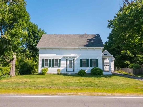 Cape, Single Family - Farmington, NH (photo 3)