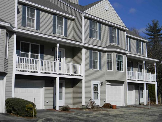 Townhouse, Condo - Amherst, NH (photo 1)