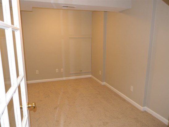 Townhouse, Condo - Amherst, NH (photo 3)