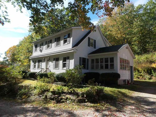 Cape, Single Family - Franklin, NH (photo 1)