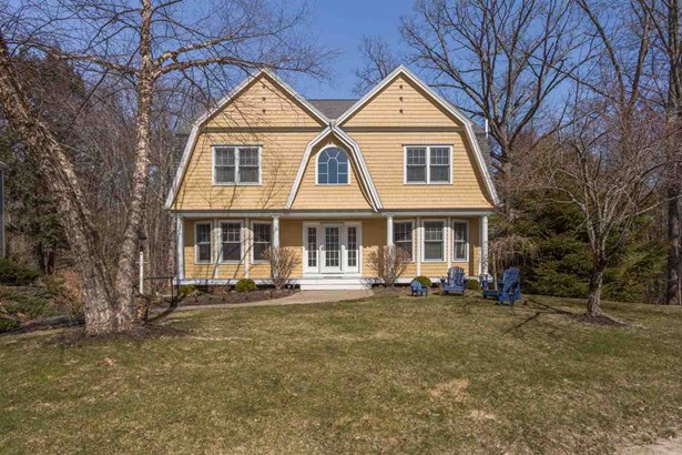 Colonial,Contemporary, Single Family - Exeter, NH (photo 1)