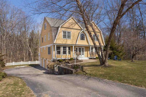Colonial,Contemporary, Single Family - Exeter, NH (photo 2)