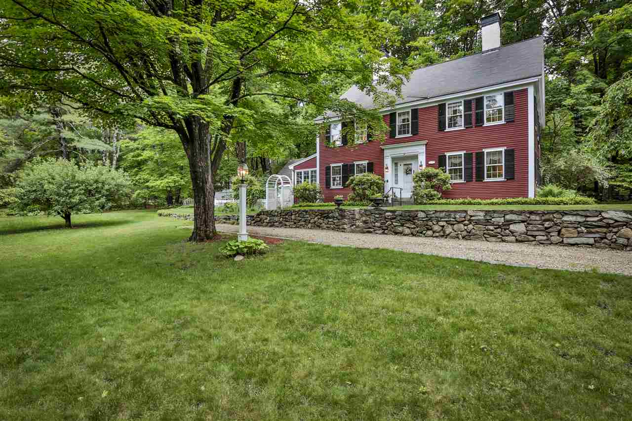 Single Family, Antique,Federal,Greek Revival - Brookline, NH (photo 3)