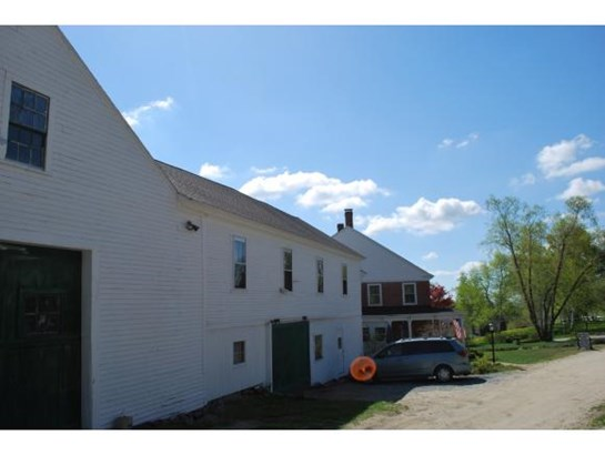 Antique,Farmhouse,Historic Vintage,New Englander, Apartment - Temple, NH (photo 2)