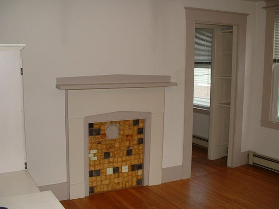 Apartment, New Englander - Portsmouth, NH (photo 3)