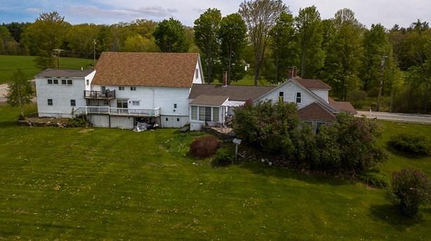 Farmhouse, Single Family - Tilton, NH (photo 5)