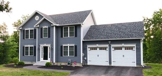 Colonial, Single Family - Loudon, NH