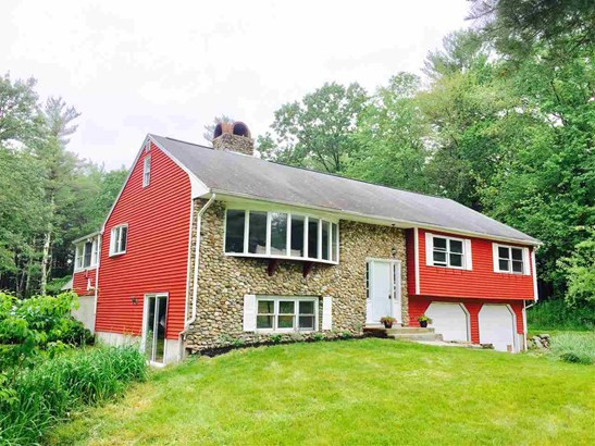 Raised Ranch, Single Family - Hampstead, NH (photo 1)