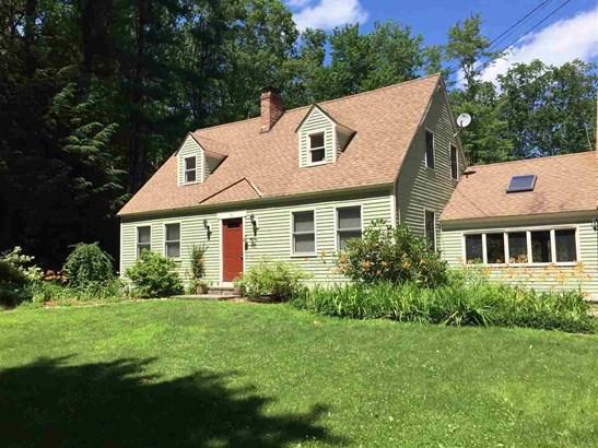 Cape, Single Family - Wilton, NH (photo 2)