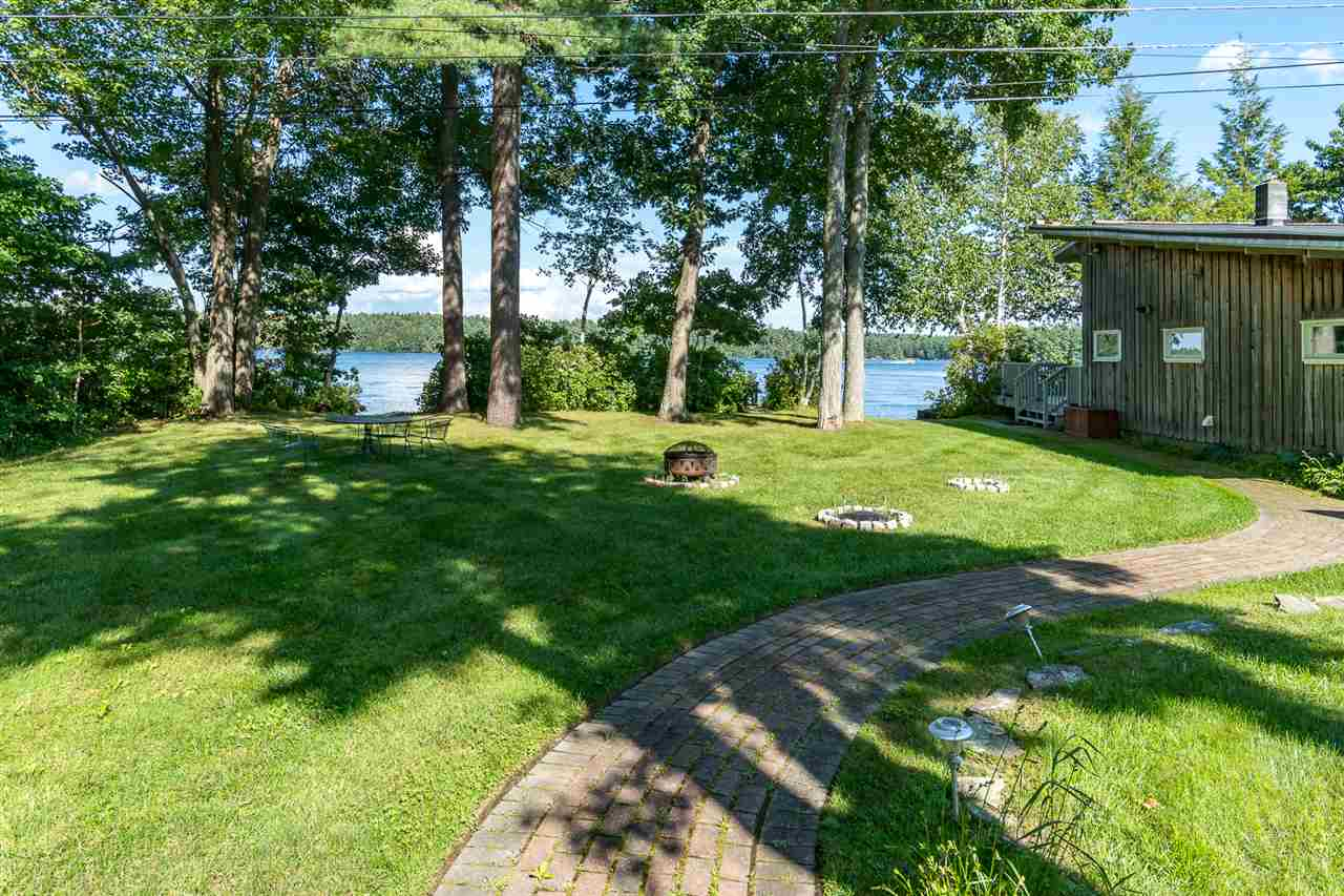 Contemporary,Deck House,Ranch, Single Family - Derry, NH (photo 3)