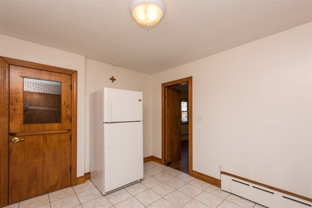 Ranch, Single Family - Somersworth, NH (photo 5)