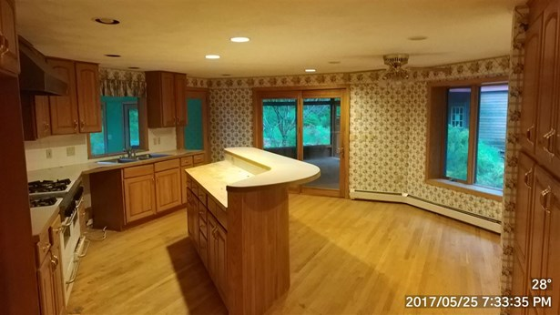 Contemporary, Single Family - Windham, NH (photo 4)