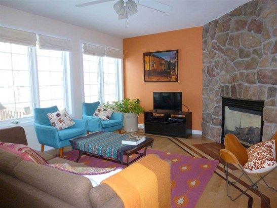 Townhouse, Condo - Hopkinton, NH (photo 3)