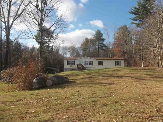 Mobile Home, Double Wide,Manuf/Mobile - New Durham, NH (photo 2)