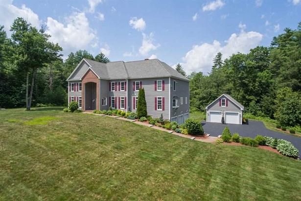 Colonial, Single Family - Barrington, NH (photo 1)