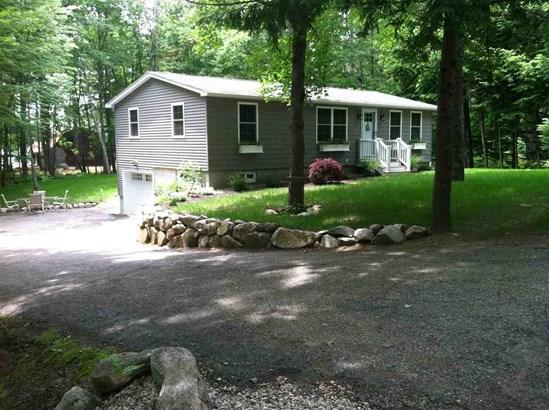 Raised Ranch, Single Family - Tuftonboro, NH (photo 1)