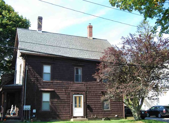 Colonial, Multi-Family - Kittery, ME (photo 1)