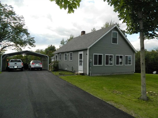 Cape, Single Family - Northfield, NH (photo 1)