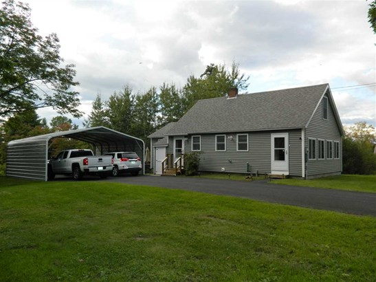 Cape, Single Family - Northfield, NH (photo 2)