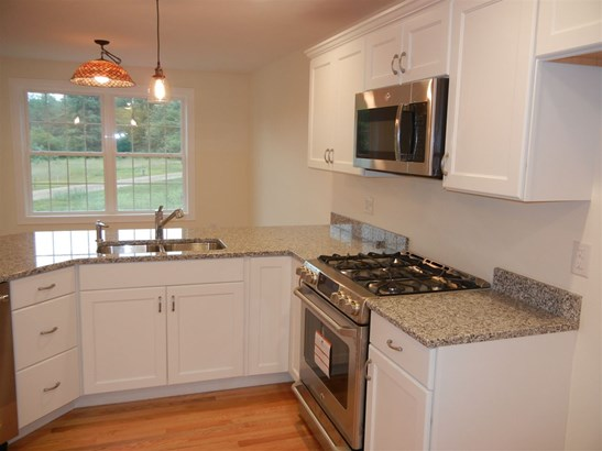 Detached,Freestanding,Ranch, Condo - Amherst, NH (photo 3)