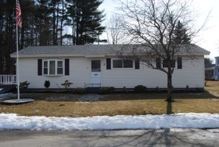 Ranch, Single Family - Newmarket, NH (photo 1)