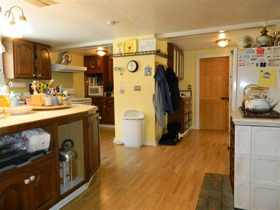 Cape,Farmhouse, Single Family - Belmont, NH (photo 4)