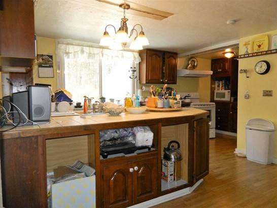 Cape,Farmhouse, Single Family - Belmont, NH (photo 5)