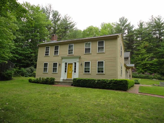 Antique,Colonial, Single Family - Mont Vernon, NH (photo 1)