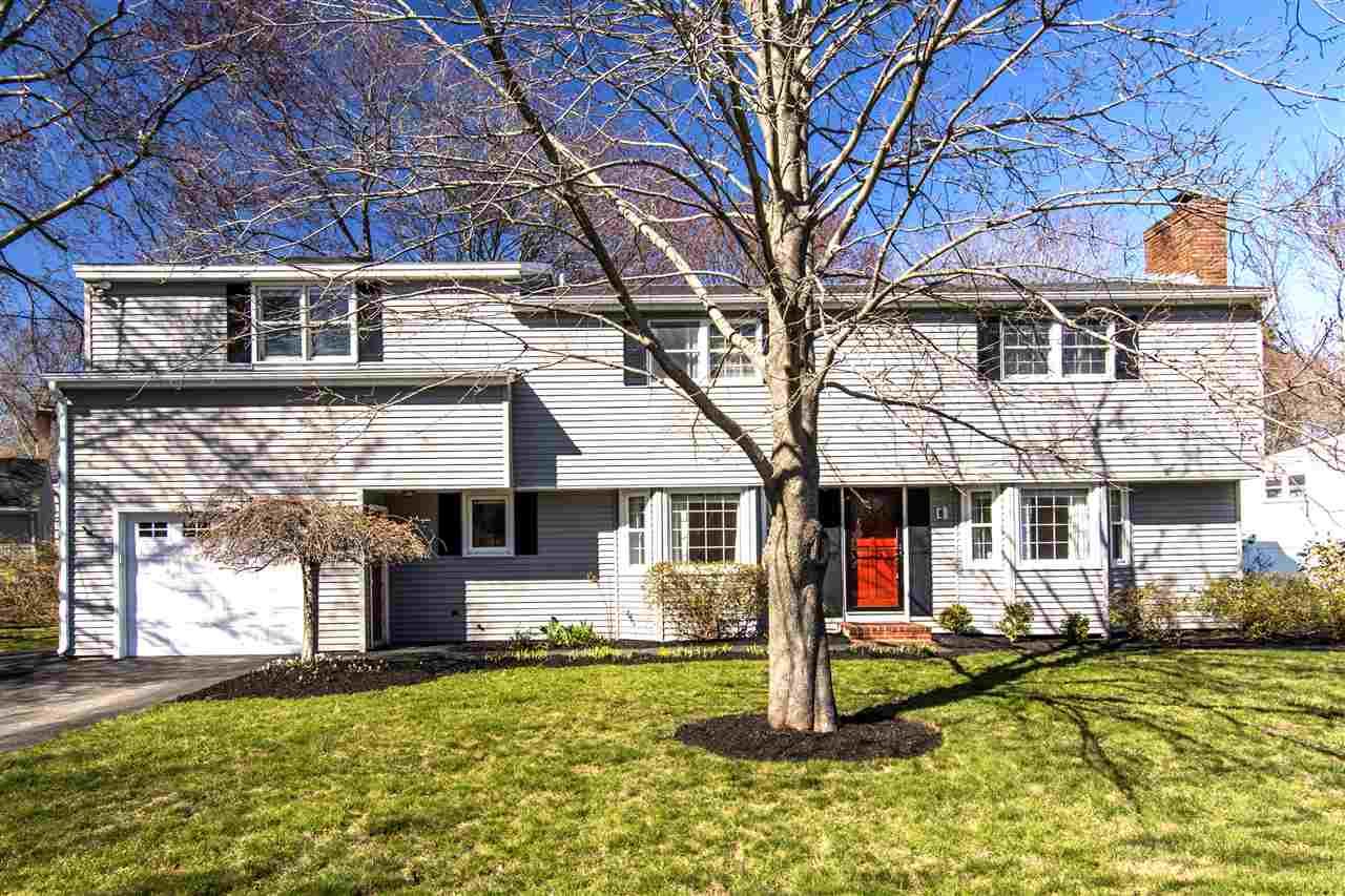 Split Level, Single Family - Hampton, NH (photo 3)